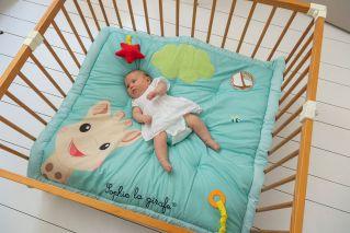 Софи жирафчето килимче/постелка за игра, 100х100см