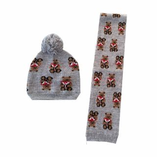 Guess бебешки комплект шал и шапка Bear