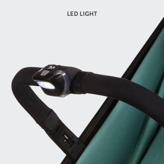 Фар с LED светлина, който се поставя на предпазния борд на детска количка Easywalker Miley