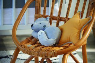 Тineo Позиционираща възглавница и мека играчка Лисица, 2в1